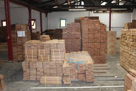 Stok lantai kayu hargaparket.com